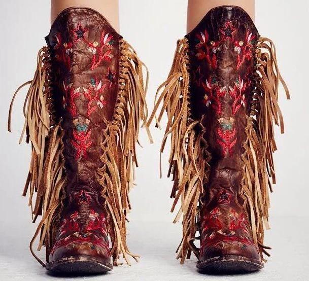 Compre Estilo Libre Flores Rojas Del Bordado Mujeres Botas De Flecos Cuero Marrón Oscuro Punta Del Dedo Botas De Vaquero Mujer Moda Rodilla Alta A