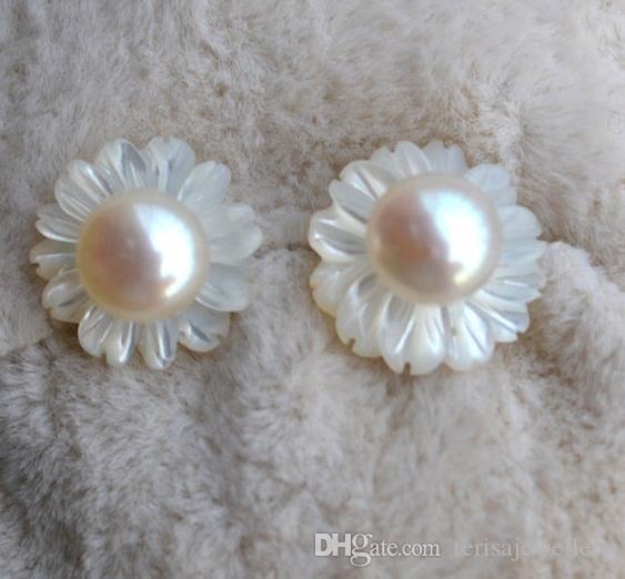 Muschel-Blumen-reale Perlen-Ohrringe, natürliche weiße Farben-Frischwasserperlen-Ohrringe, 925 Sterlingsilber-Bolzen-Ohrringe, geschnittene Blumen-Perlen-Schmucksachen