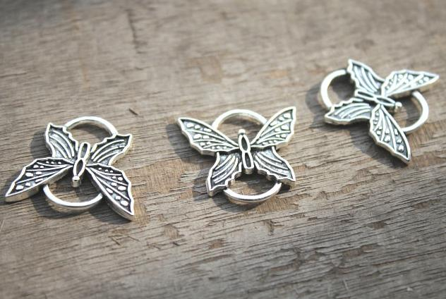 2018 Antique Tibetan Silver Butterfly Charm Pendant Butterfly Charms  26x25mm From Diyshop2012, $3 31 | Dhgate Com