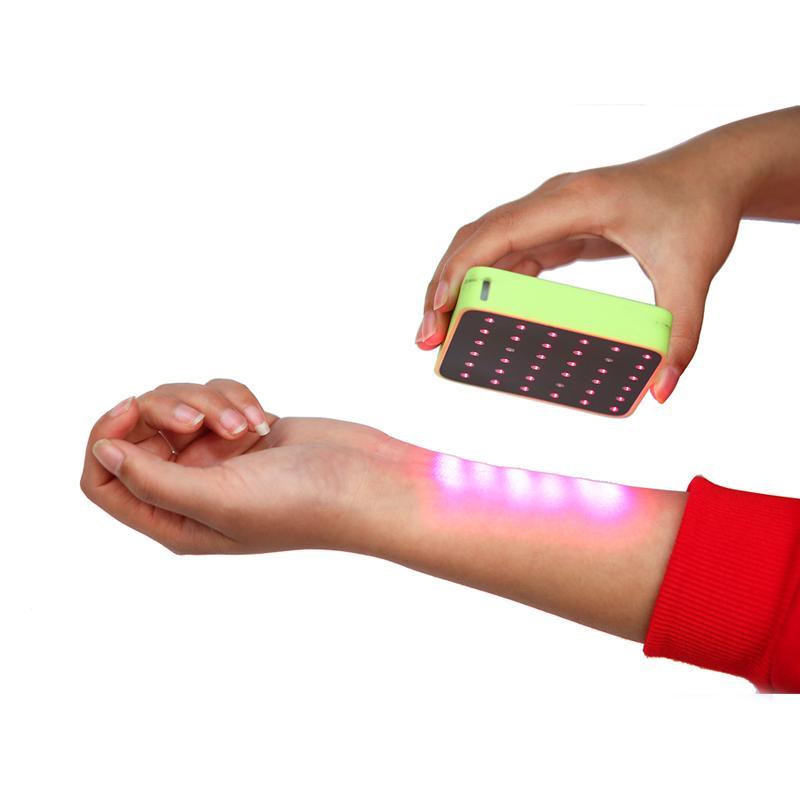 클리닉 또는 집에서 통증을 위해 휴대용 레이저 치료를 사용합니다. 목 통증 스포츠 용 인위적인 테니스 엘보우를위한 고품질 물리적 장치