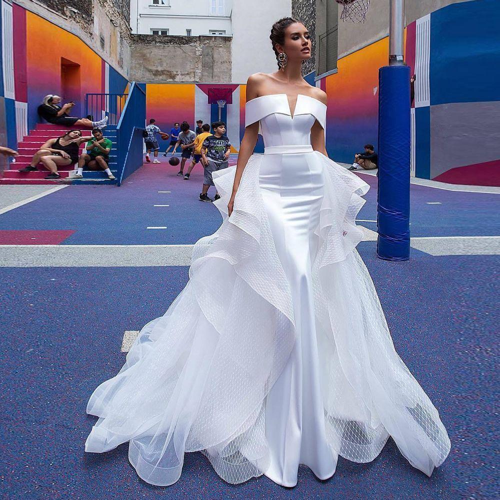 Stunning White Detachable Train Wedding Dresses Off Shoulder Cascading Ruffles Satin Wedding Gown Sweep Train Chapel Bridal Dress