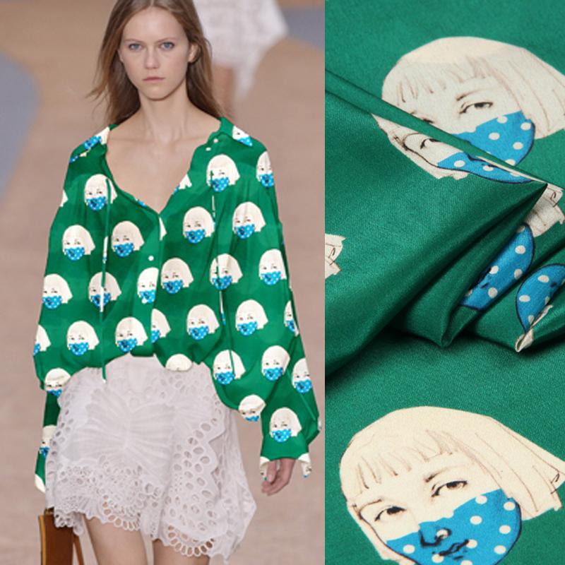 135 CM Geniş 12 MM Karikatür Kız Baskı için Ince Yeşil Ipek Krep de Chine Kumaş Yaz Elbise Gömlek Elbise Cheongsam D976