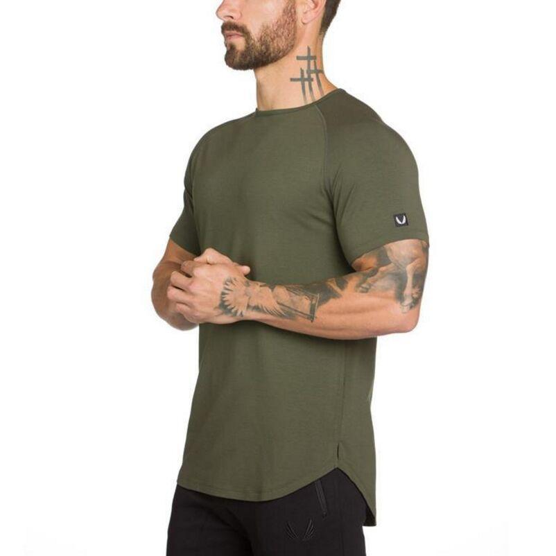 T-shirt uomo camicia di forma fisica T colore puro ricamati in cotone uomini casuali cime abbigliamento palestre irregolari tee boutique di moda