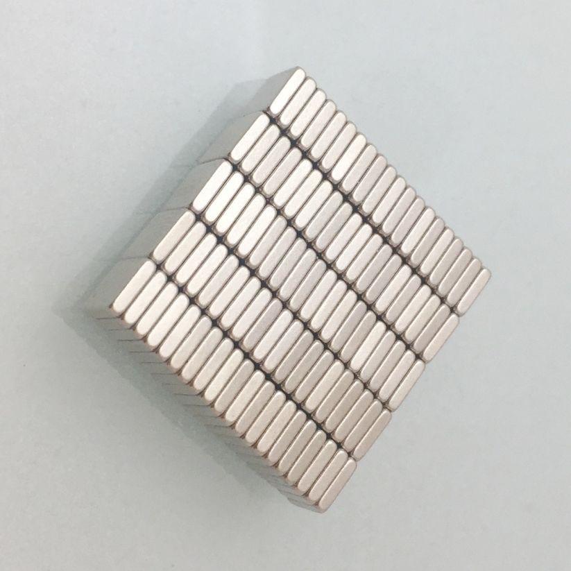 뜨거운 판매 100PCS 슈퍼 강한 작은 블록 Neodyminum 자석 희토류 네오디뮴 자석 미술 공예 냉장고 무료 배송 4x4x1mm