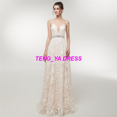 2018 Heavy Work Sexy Glaring Embroidery Beaded Strapless A Line Deep V Neck Floor Length Backless Ivory Evening Dress D014