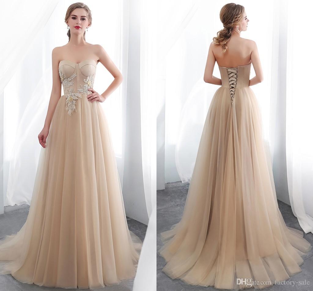 Großhandel 8 Billig Einfache Champagner Abendkleider Spitze Plus Size  Abendkleider Elegantes Kleid Abendmode Abiti Cerimonia Abendkleider CPS8
