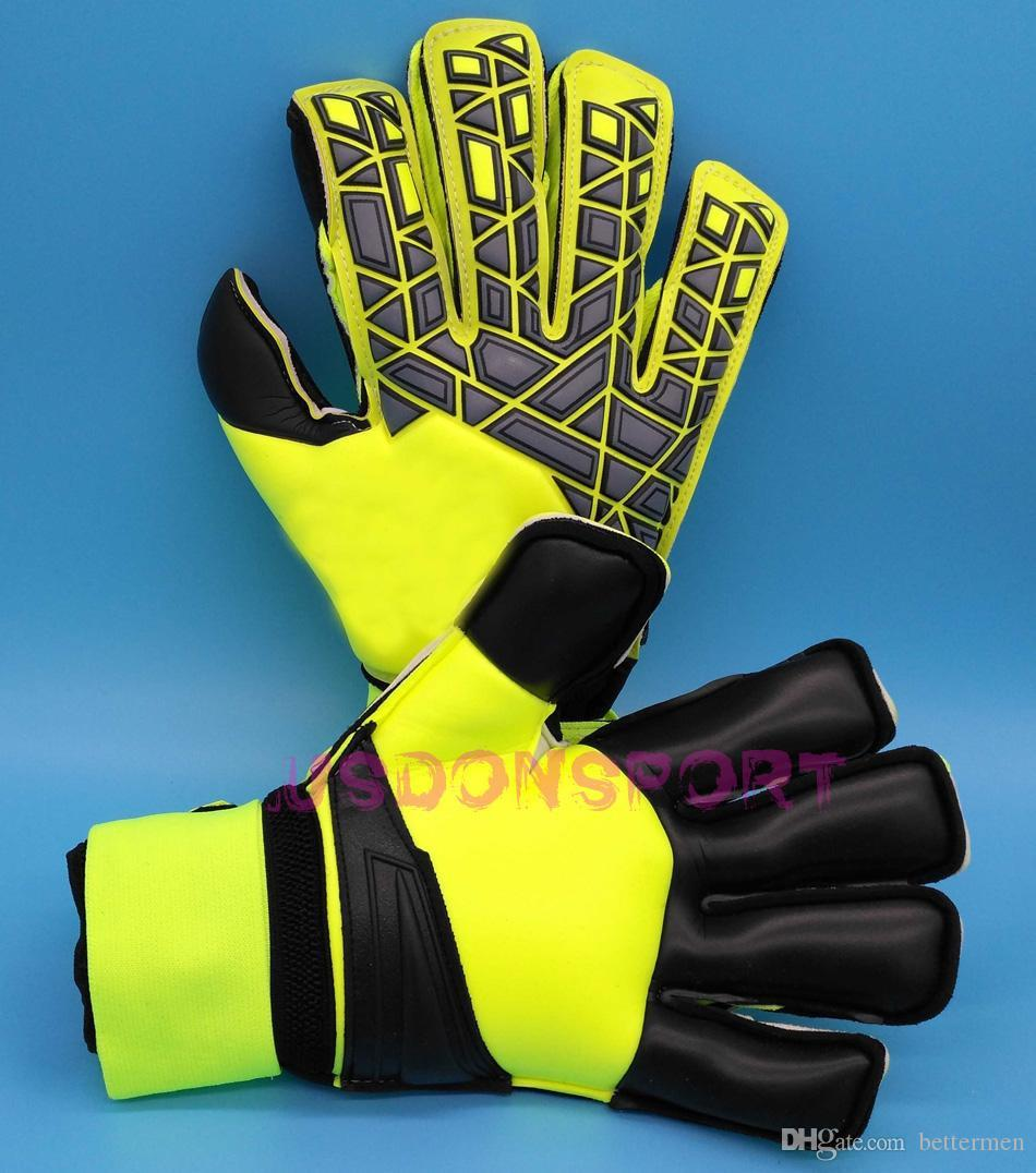 Adult goalkeeper gloves soccer gloves with fingersave Adulto luvas de goleiro Luvas de futebol Com protetores de dedos full latex.