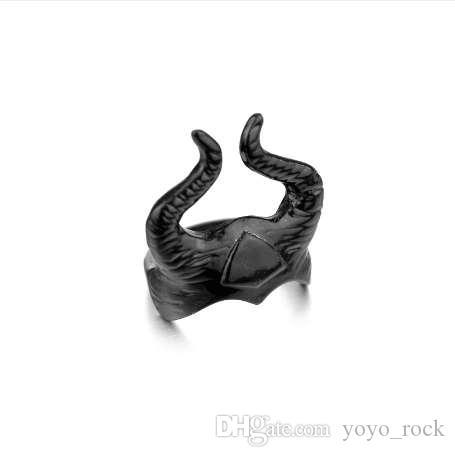 펑크 힙합 스타일 Maleficent 안젤리나 졸리 파티 블랙 헬멧 손가락 반지 과장된 빈티지 여성 칵테일 반지 도매