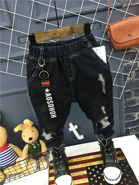 Çocuk giyimi 2018 Korece bebek kız ve erkek kot pantolon. Kişilik mat delik streç pantolon 2-6years (A12035