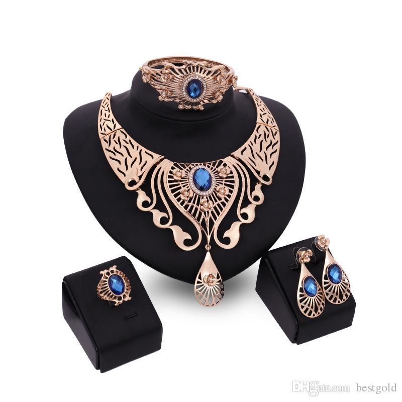 Crystal Dubai 18 K Collar Colgante de Oro Establece Moda Diamante Africano Boda Conjuntos de Joyería Nupcial (Collar + Pulsera + Pendientes + Anillo)