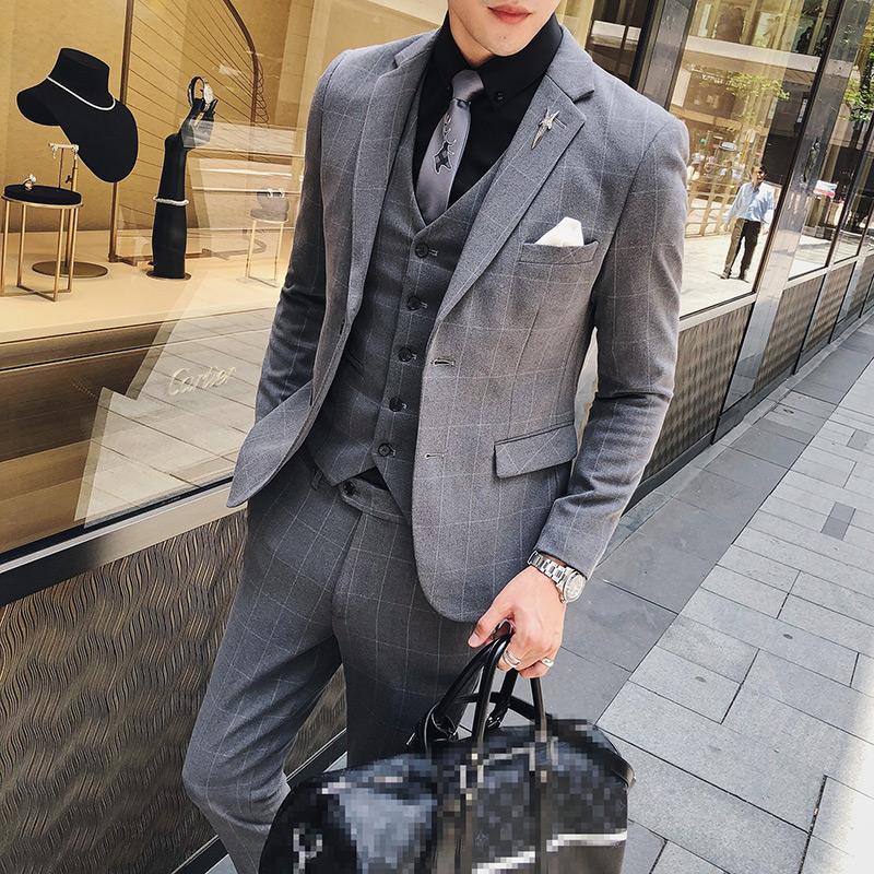 Hommes Costumes Designers 2018 British Style Costumes Hommes Plaid Formelle Trajes De Hombre Gris Business Terno Slim Fit Fumer Homme