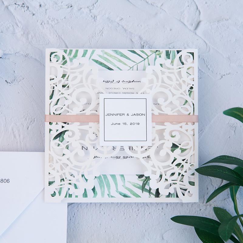 50 Takım Tasarım Lazer Baskı Özelleştirir Davetiye Kartları Ile Düğün Şeritler Süslemeleri Zarf RSVP Kart Kağıt Convites
