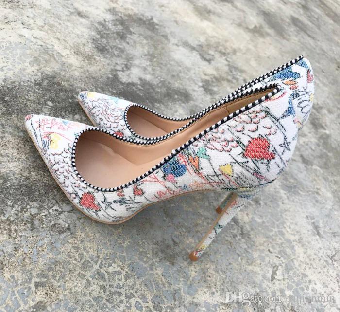 Nowy Europejski i American2018 Speina Graffiti Kolorowe Kobiety Pompy Sexy Stiletto Szpilki Wiosna Wedding Party Women Shoes Sapato Feminino