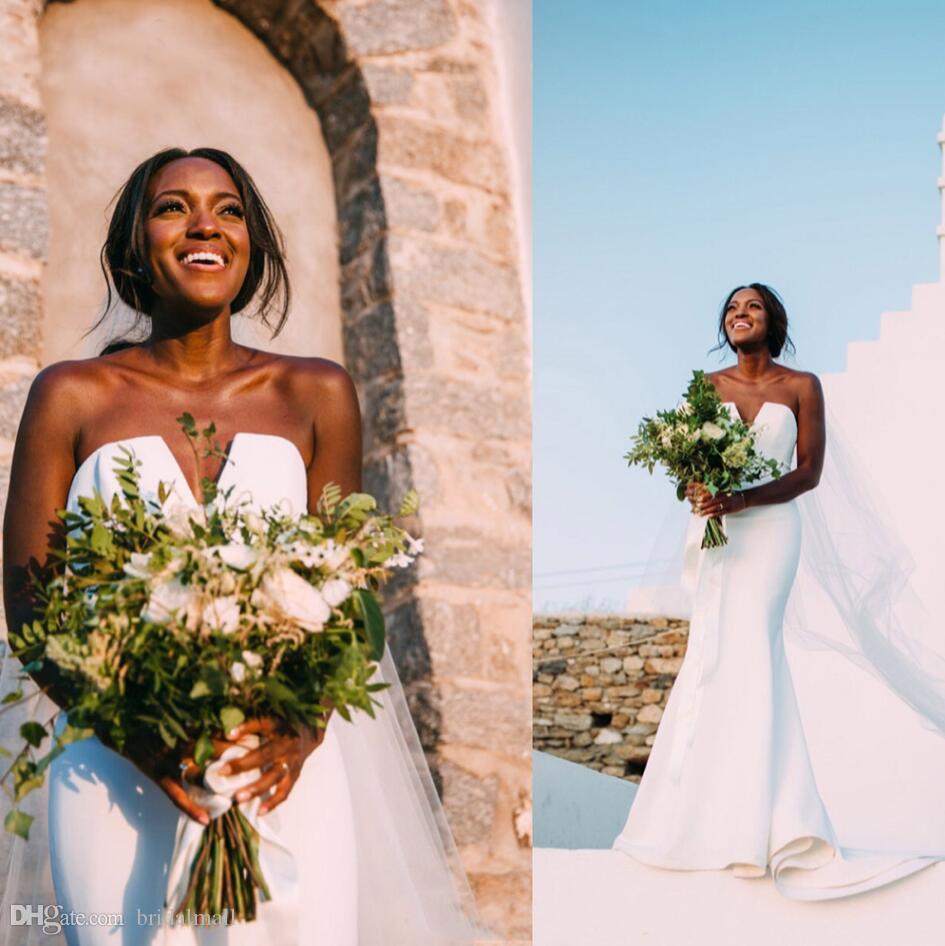 화려한 2019 인어 웨딩 드레스 V 넥 블랙 걸스 아프리카 신부 가운 플러스 사이즈 두바이 웨딩 드레스 신부 Vestidos 드 노비아
