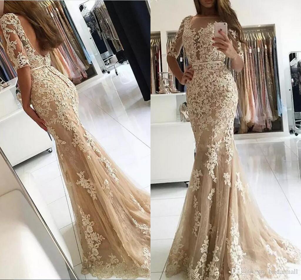 Champagne encaje apliques vestidos de noche de la vaina con vestidos de fiesta formales de media manga transparente Vestidos de baile sin espalda largo para el vestido nupcial de la huésped
