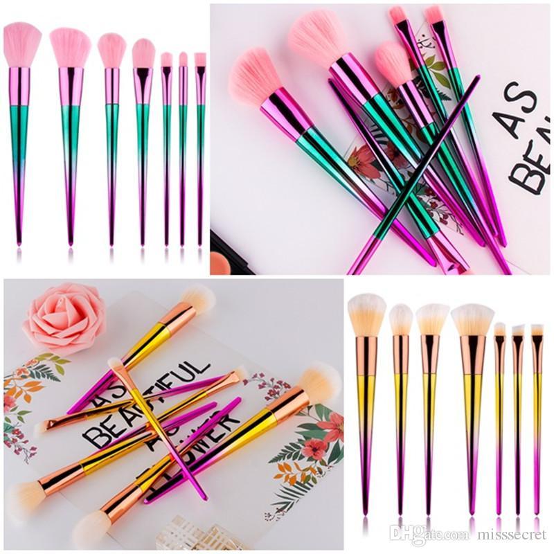Yeni 7 Adet / takım Elmas Desen Makyaj Fırçalar Setleri Degrade Renk Vakfı Göz Farı Kapatıcı Makyaj Fırçalar Kaş Fırçası Maquiagem