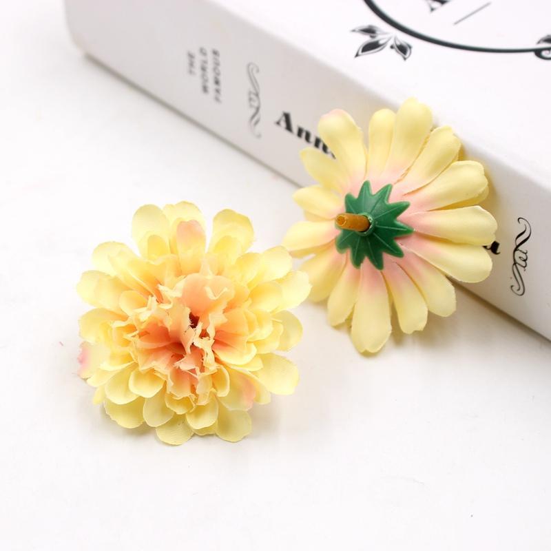 100pcs 5cm seta Garofano Capolino fiore artificiale della decorazione di cerimonia Diy Cut mestiere Falso Decorazione di nuovo