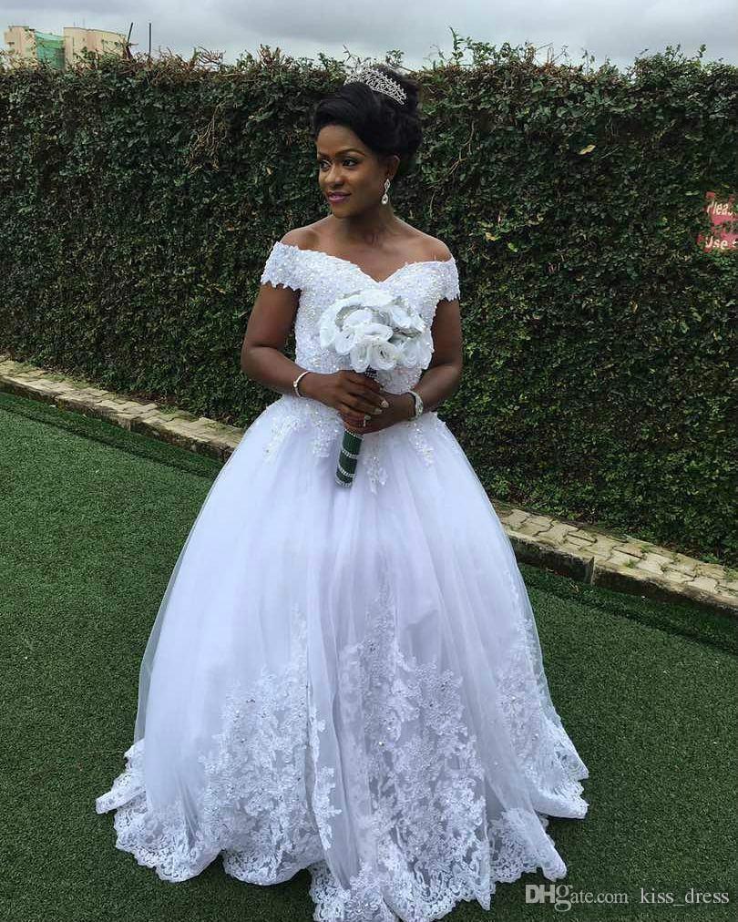 Vestidos de noiva de princesa de renda árabe 2019 novos contas de trem de varredura personalizada Applique Off-the-ombro tule vestidos de noiva vestidos de noiva w752