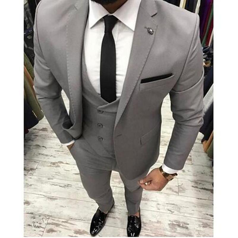 Nuevo traje de hombre gris Slim Fit de tres piezas trajes para hombre de smoking de boda Trajes de boda personalizados para batir (chaqueta + pantalón + chaleco)