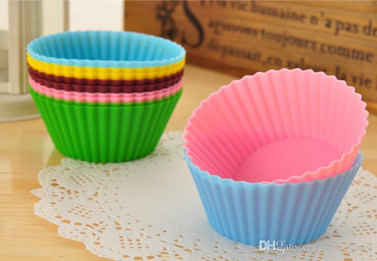 Muffin del silicone della muffa del muffin del silicone di forma rotonda di trasporto libero Bakeware creatore della muffa vassoio di cottura della fodera della tazza che cuoce le muffe