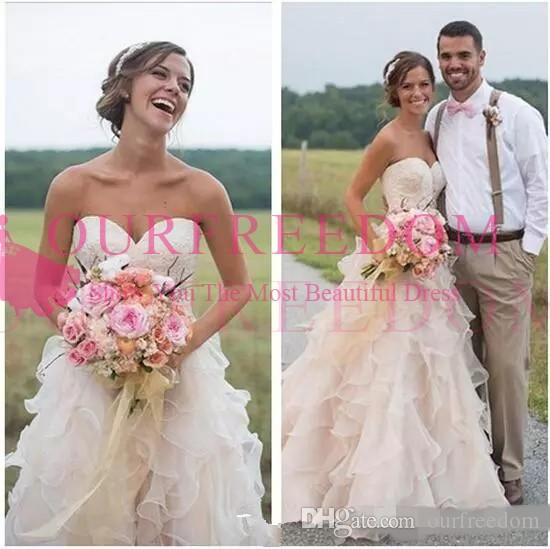2019 Blush Pink Country Style Ruffles Wedding Dresses A-line Plus Size Bridal Gowns with Court Train Lace Sweetheart Vintage Tiered Ruffles