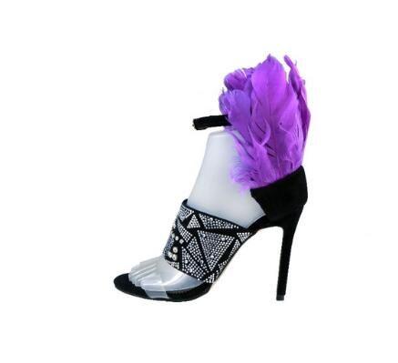 Фиолетовый перо высокие каблуки женщин сандалии лодыжки пряжки ремень женщины насосы ясно ПВХ шипованных Кристалл шпильках каблуки обувь