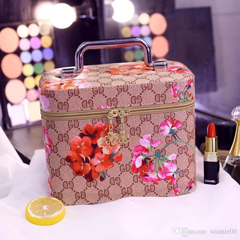 Wholesale famous brand storage Bag makeup bag For Girls/wholesale free shipping good quality wholesale storage bag