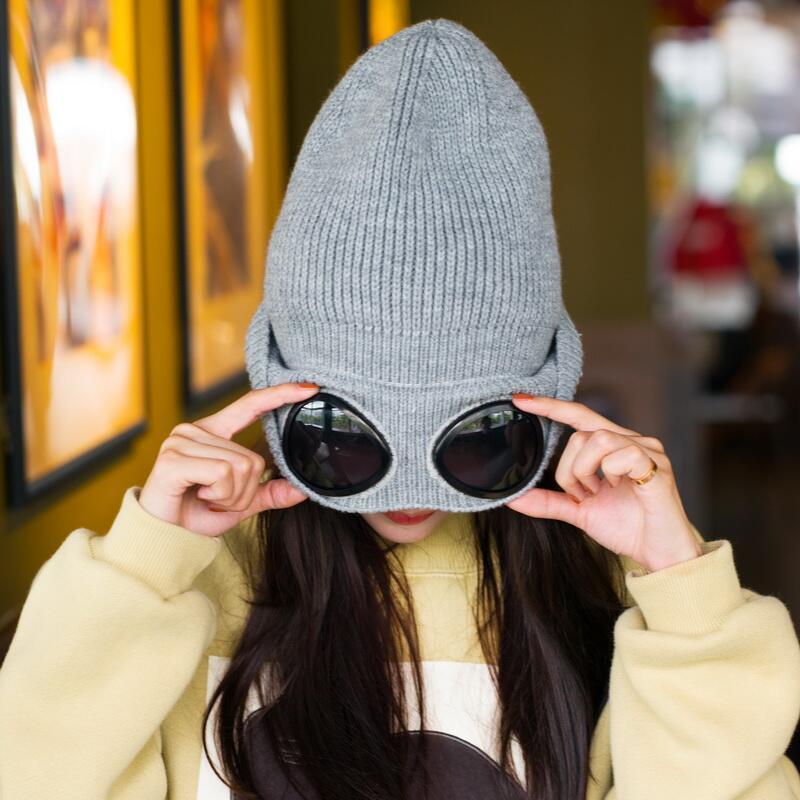 Женские шапки ветрозащитные очки шапка шерстяная зимняя мода Gorros Cap фиксация укладка вязаные шапки женская индивидуальность лыжная шапка S1020