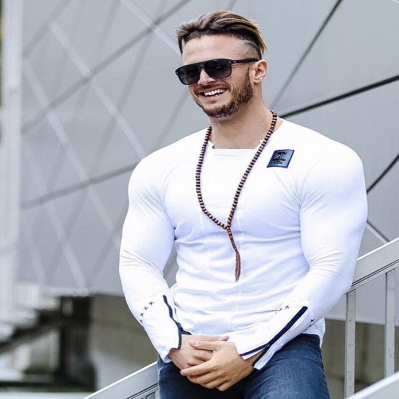 2020 Hombres 'S Moda Manga Larga Camiseta del estilo del verano delgada ocasional de la personalidad camisas Ropa Delgado Elasticidad masculino Tee Tops