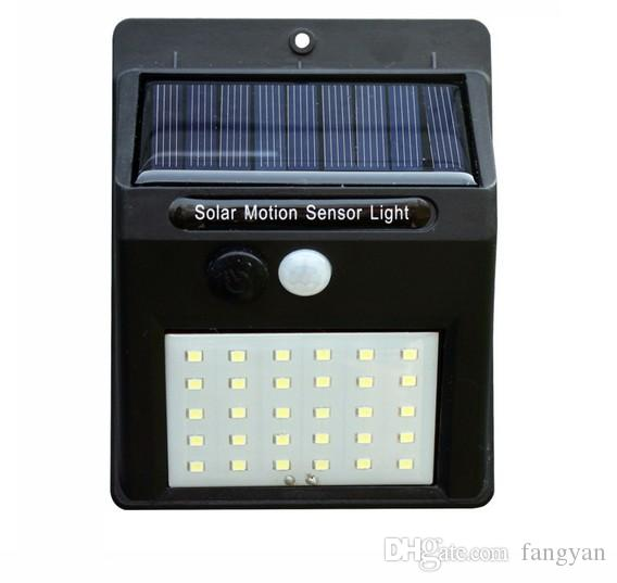 lâmpada de parede de carregamento solar lâmpada de parede indução corpo 30LED humano jardim ao ar livre jardim triângulo de luz luz de iluminação pública