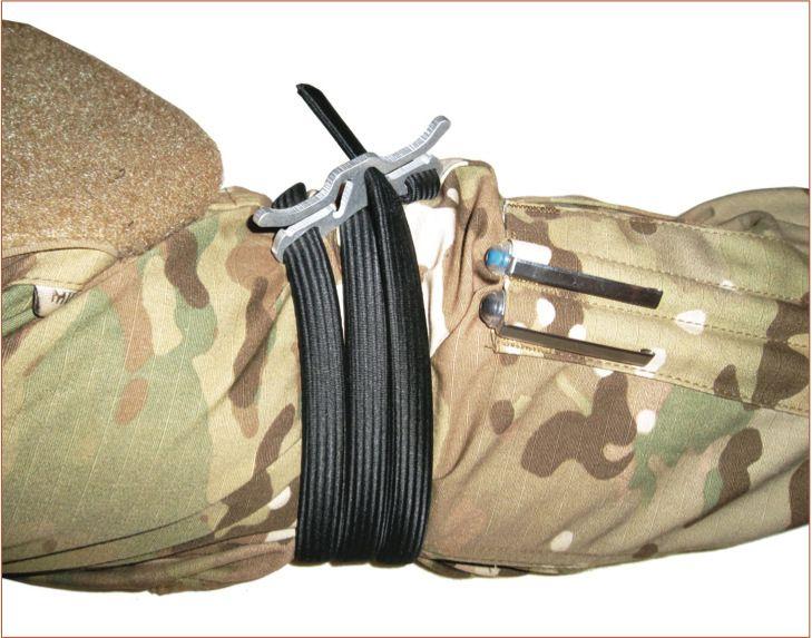 Haute qualité Secourisme Médical Tourniquet Extérieur Durable Combat Application Outil D'urgence Survie Élastique corde Noir 103 cm