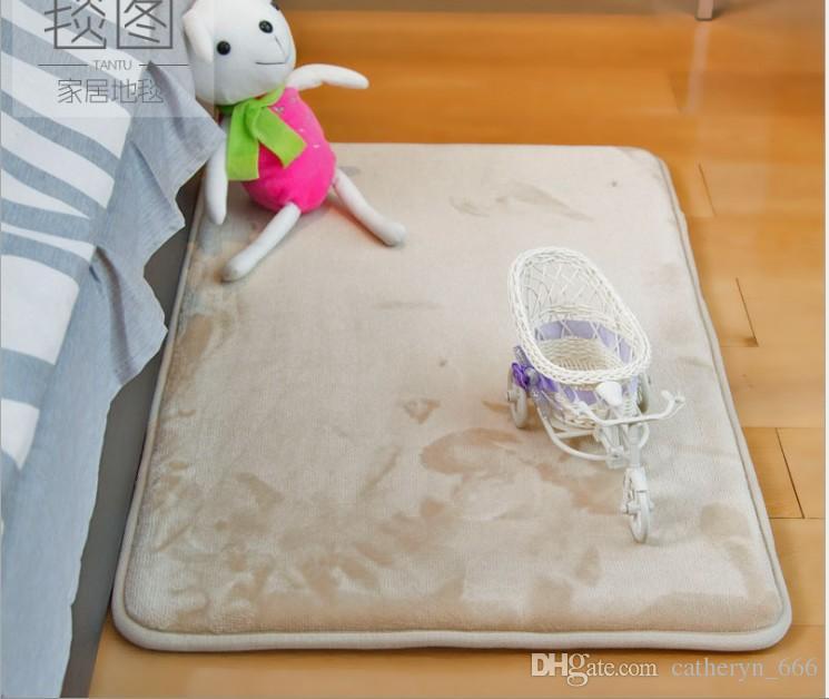 Ultra Soft Texture Chenille Bath Rugs Floor Mats Non Slip Hand Tufted Bath Rug Non Slip Microfiber Door Mat for Kitchen Entryway Waterproof