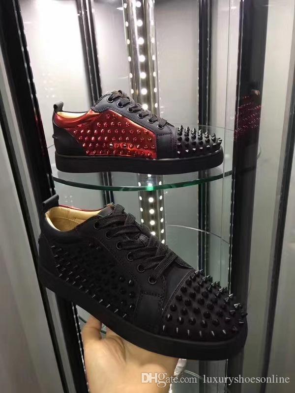 New Style Brand New Hommes Bas Top Rouge Bas Sneaker De Luxe Fête De Mariage Femmes Blanc-or, Noir-rouge Spikes Casual Skateboard Taille 35-46