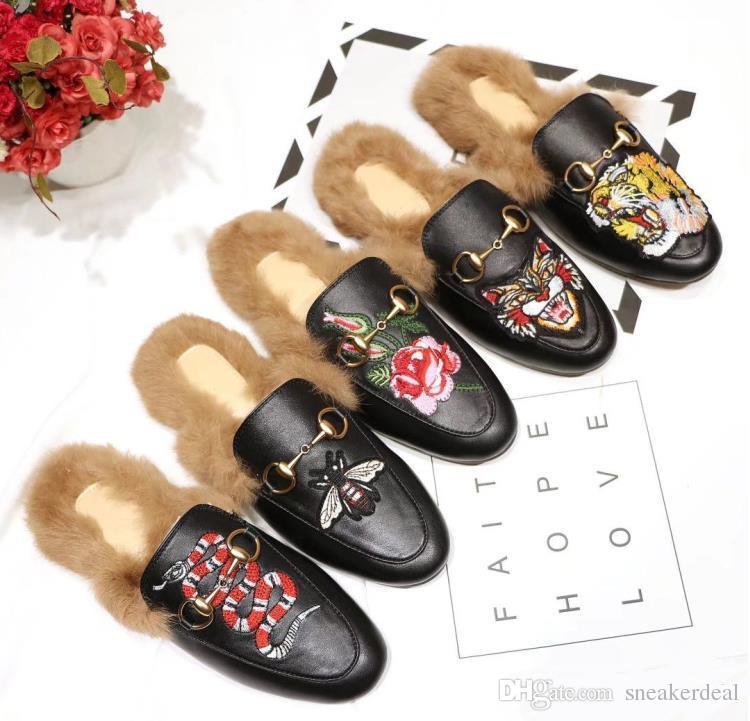 Nueva Moda Italia Diapositivas Zapatos casual de las señoras de los holgazanes de zapatillas de cuero genuino sandalias de piel de pelo con la caja