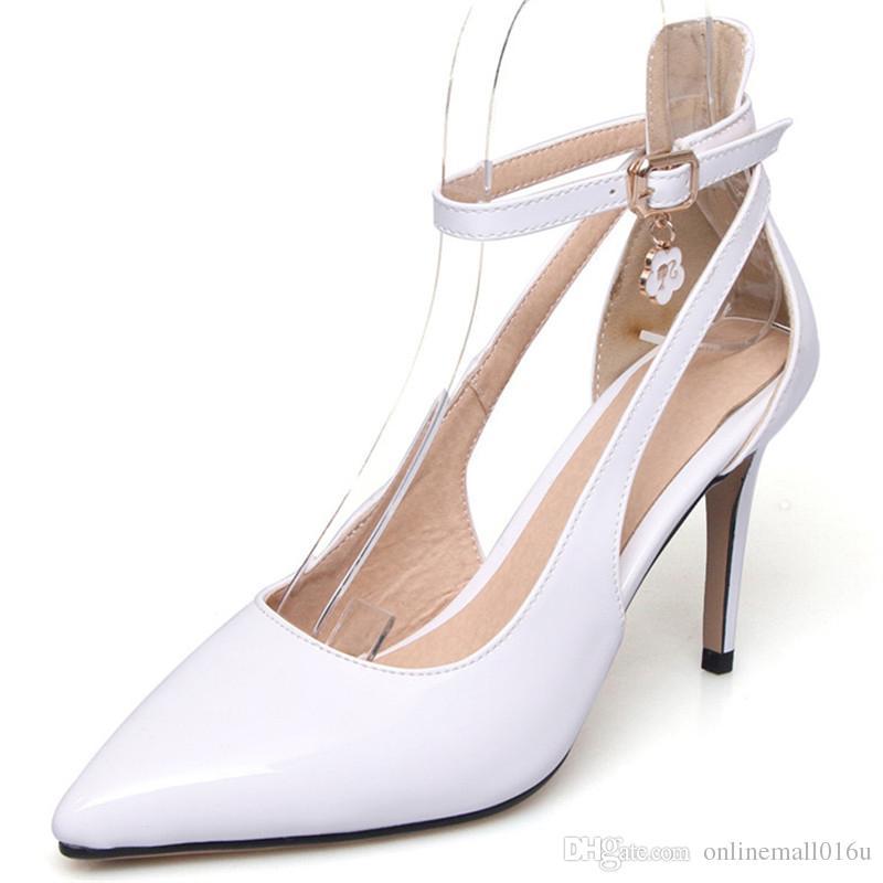 Heißer Verkauf der Absatzschuhe 2018 Frauen pumpt Art und Weise spitzes Sommerschuhe große Größe 33-47 einfache Schnalle feste Schuhe des hohen Absatzes 8.5cm
