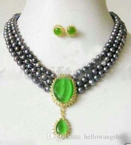 Collana a 3 fili con perle di giada verde e collana nera