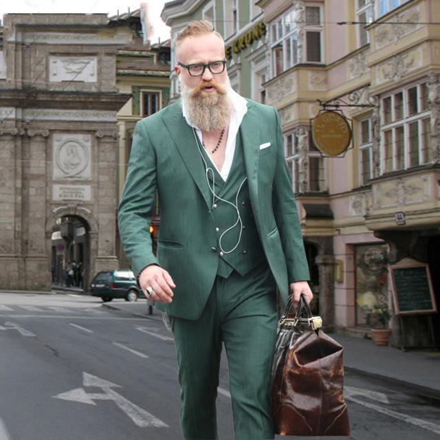 Latest Green Men Suits for Wedding Peaked Lapel Casual Prom Wear Slim Fit Men Blazer Groomsmen Outfit Groom Tuxedo 3 Piece Jacket+Pants+Vest