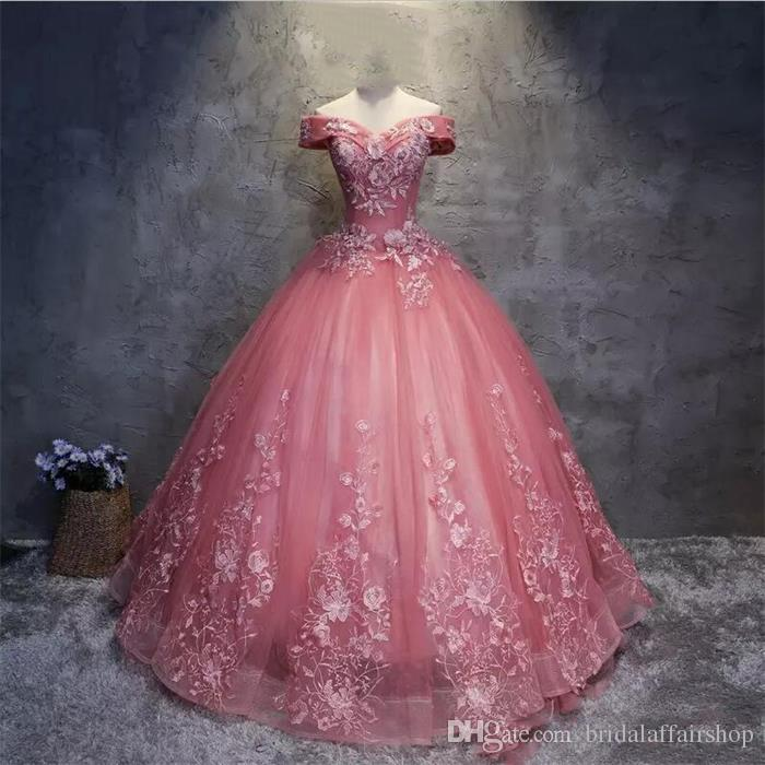 Discount Real Applique Lace Pink Quinceanera Dresses Ball Gowns Off the Shoulder Corset Sweet 16 Dresses Floor Length Evening Party Gowns