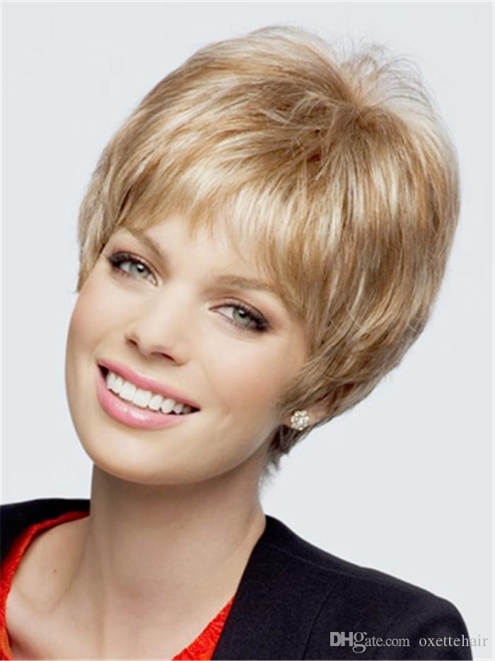 Peluca de pelo corto y resaltada rubia con flequillo Peluca de moda sin tapa peluca sintética de fibra resistente al calor para mujeres
