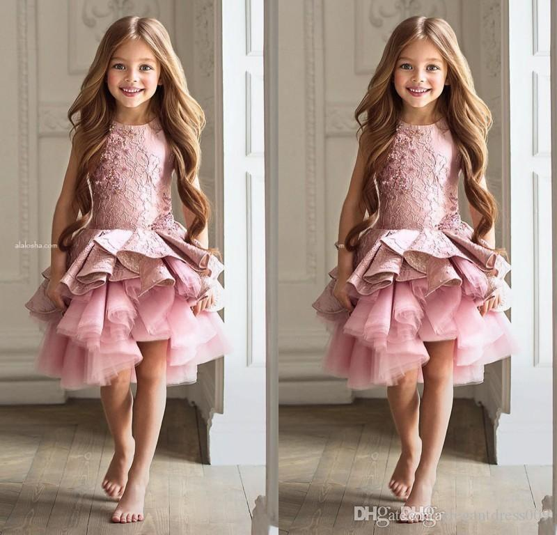 Blush Pink Lace Girls Pageant Dresses Princess Applique Tiered Tulle Pleats Girl's Pageant Party Gowns Zipper Back Knee Length Cheap