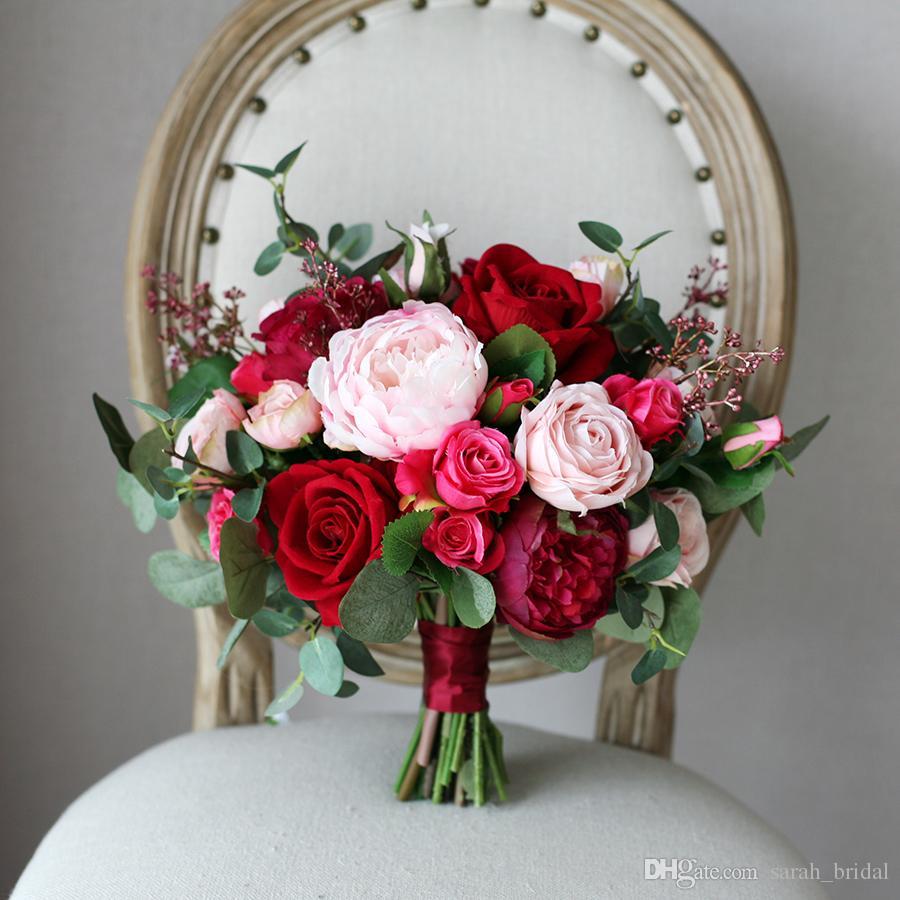 핑크 장미 신부 꽃다발 들고 꽃다발 2019 레드 로즈 베리 저렴 한 국가 웨딩 장식 인공 실크 신부 들러리 꽃