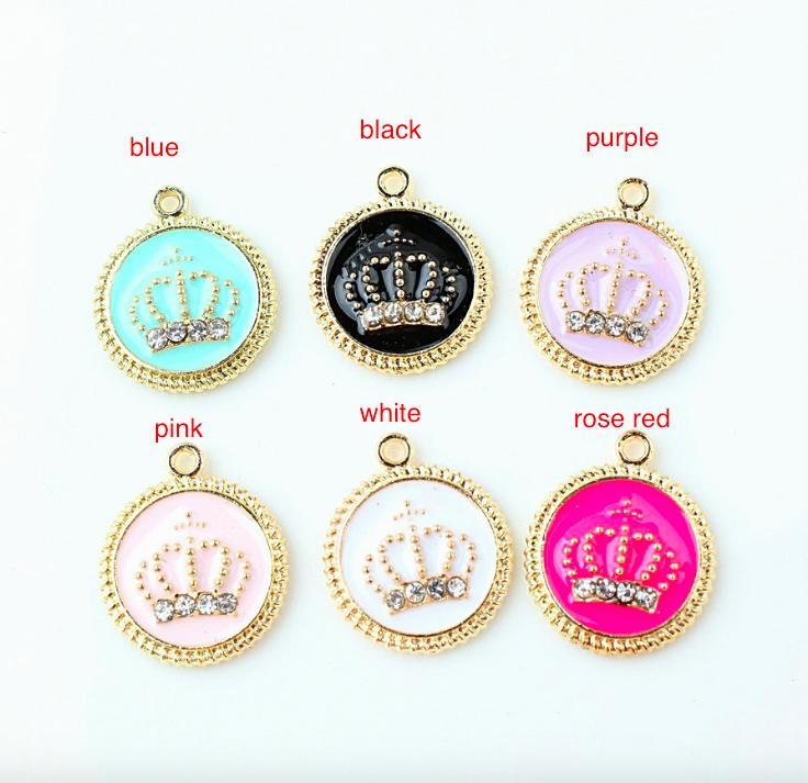 100pcs Gold Tone 17 * 20mm Enamel Crown Charms Oil Drop Crystal Crown Pendant Fit Bracelet DIY Fashion Jewells