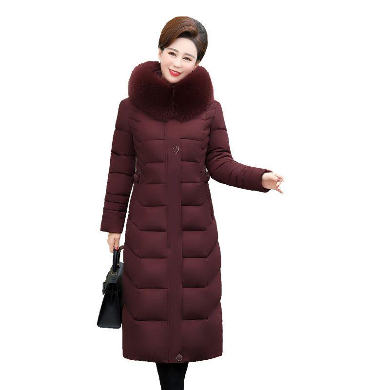 Lunga sezione sopra il ginocchio da donna in cotone di mezza età e vecchia, oltre a grasso cappotto invernale XL di media età caricato a madre
