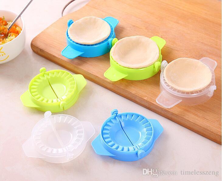 1PC Dumpling maker device practical kitchen tools dumpling maker device easy DIY dumpling mold women nice helper free ship