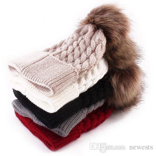 حار 1 قطعة أزياء الشتاء الدافئة النساء قبعة الحياكة الصوف قبعة الكروشيه محبوك القبعات الصوف الفراء قبعة pompom الكرة قبعة تعديل