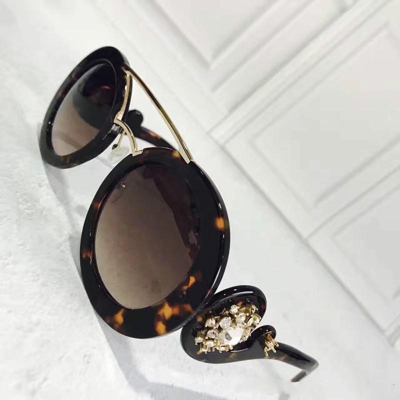PD 135 Moda Lüks Güneş Gözlüğü Yuvarlak Şekil UV Koruma Büyük Yüz Retro Vintage Yaz Tarzı Kadınlar Marka Tasarımcısı Tam Fram Gel Vaka Ile