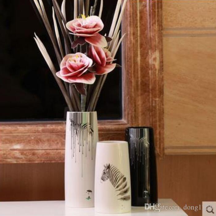 blanc en céramique zèbre créatif concise abstrait fleur vase pot décor à la maison salle de l'artisanat décoration artisanat porcelaine figurine