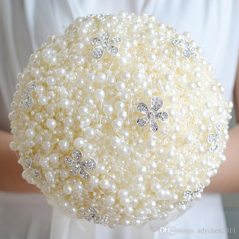 2018 Luxuriöse Perlen Hochzeiten Brautstrauß Braut mit Blumen Hochzeit Blumen Brosche Einzigartiges Design Perlen Hochzeit Bouquet Bunte
