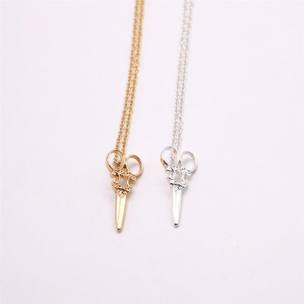 The new 18 k gold plated necklace fashion and retail high quality scissors pendant necklace gift to women