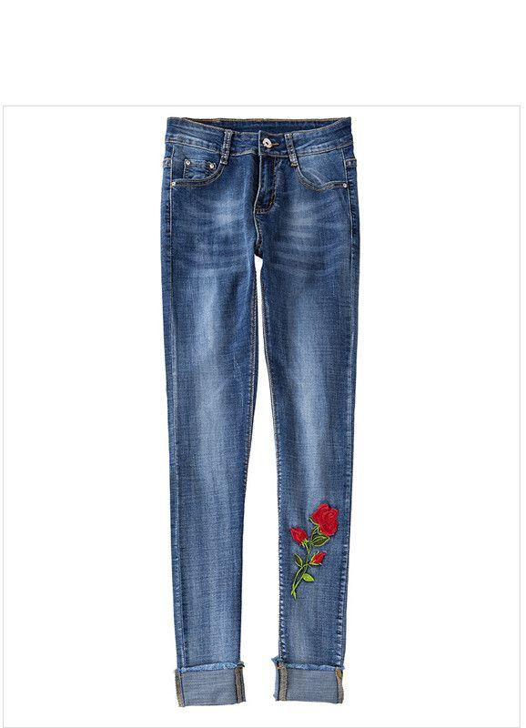 2018 nuovi jeans ricamati delle donne europee ed americane allungano il corpo sottile che macina i pantaloni a matita bianchi del bordo del rotolo donne 8039
